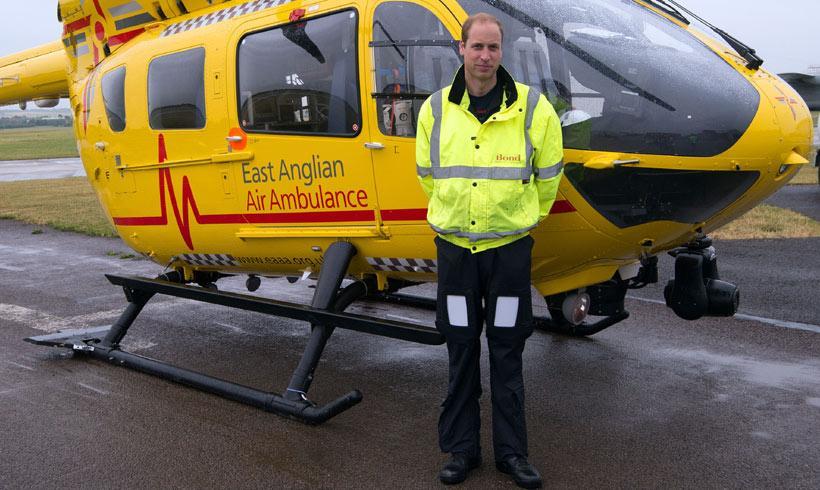 Actual Actual El príncipe Guillermo se sincera sobre sus malos momentos como piloto de ambulancia aérea