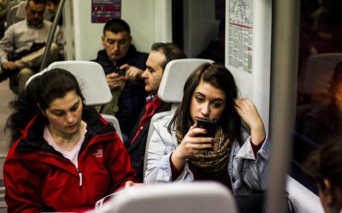 Actual Actual Renfe comienza a ofrecer wifi en las estaciones de Cercanías