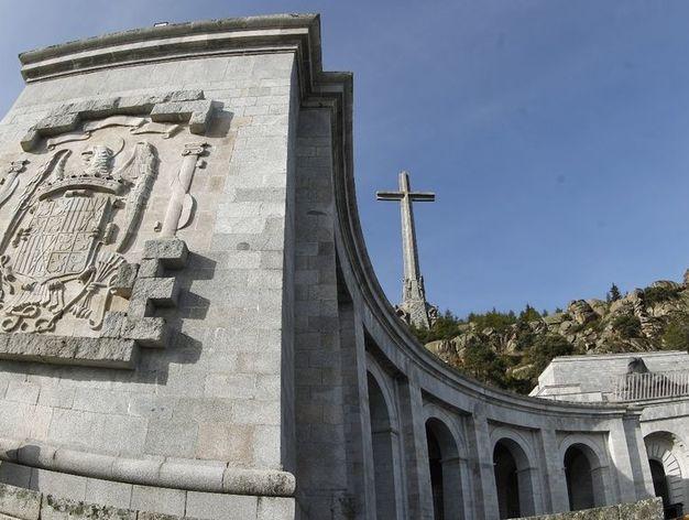 Actual Actual El Congreso vota este martes sacar los restos de Franco del Valle de los Caídos